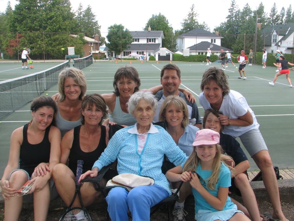 "Image: Emma ""Emmy"" Speed in July 2011 with her daughters, son-in-law and grandchildren in Southampton, Ontario. Credit Claire Speed"